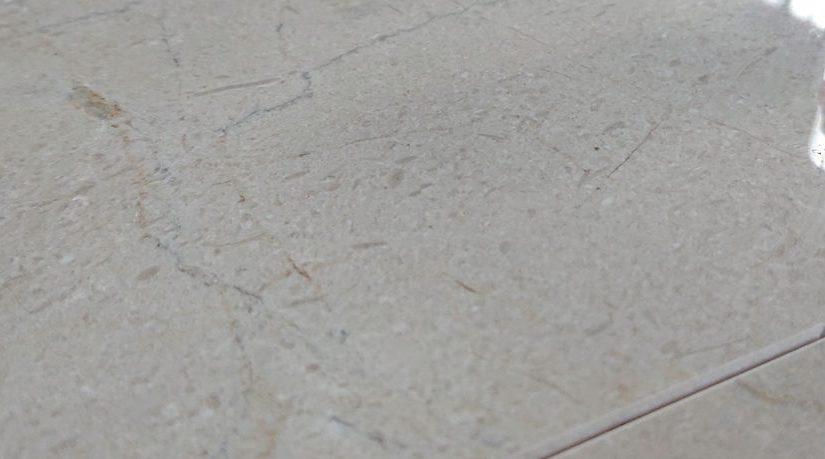 Crema Marfil M – elegancki materiał wykończeniowy